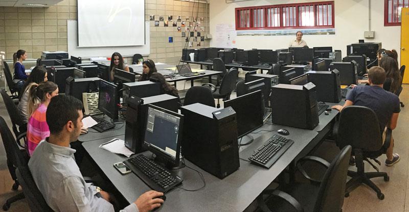 architecture-computer-center.jpg