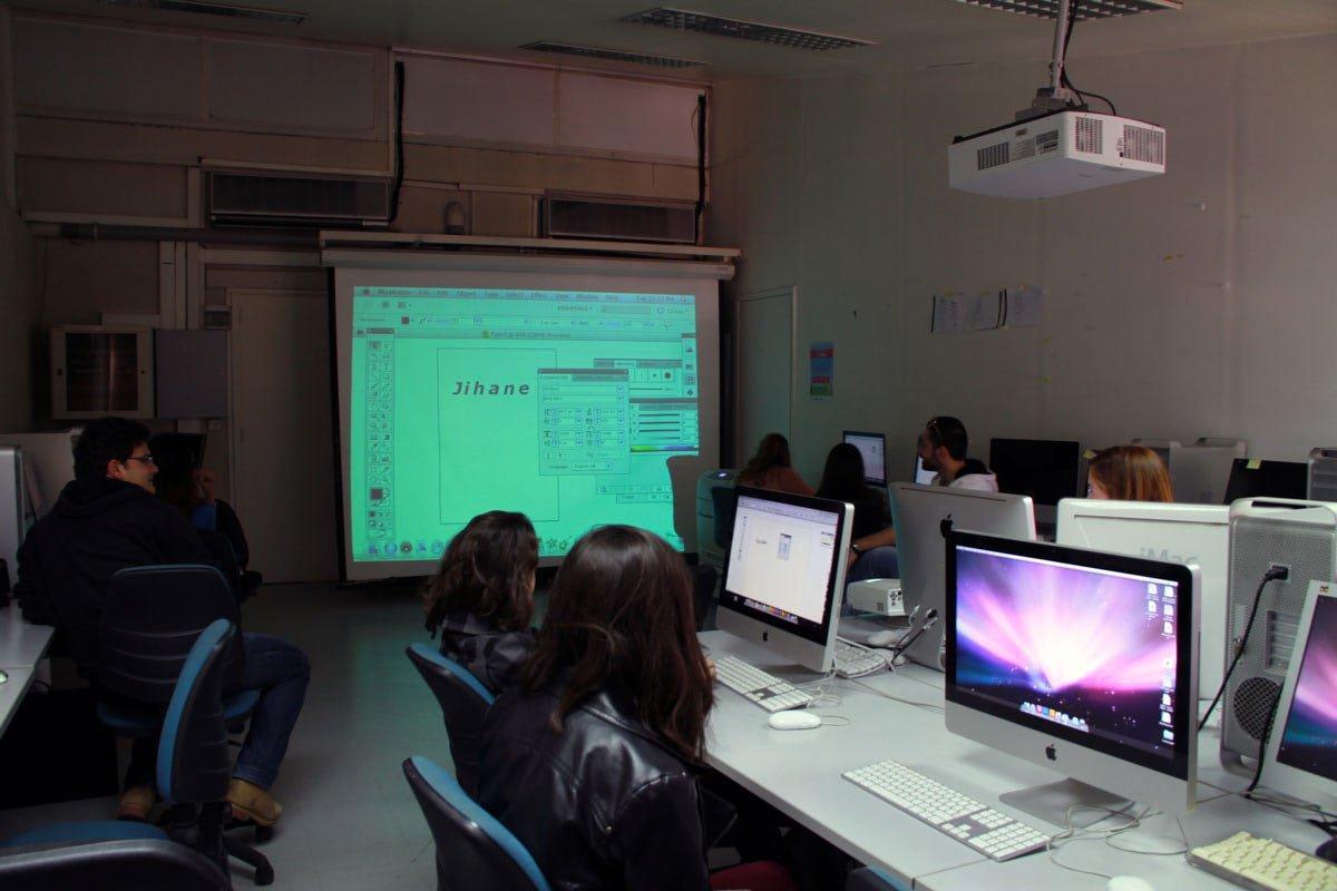 facilities-graphic-design-computer-lab.jpg