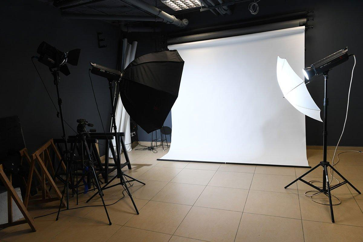 facilities-photography-lab.jpg